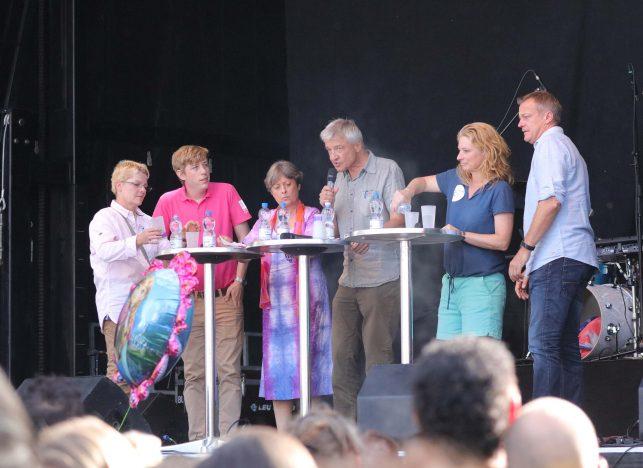Gemeinsam weiterkommen: VertreterInnen von Dachorganisationen und PolitikerInnen im Podiumsgespräch