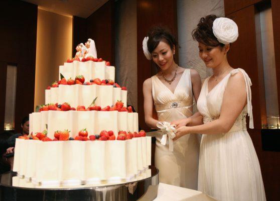erste Lesbische Hochzeit in Japan 2011.